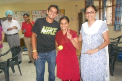 324 - Indian Tennis star Sanam Singh's visit